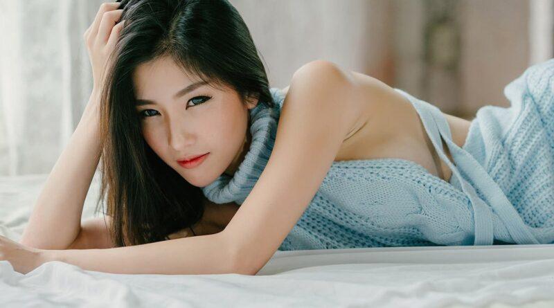 Эротические и жгучие кореянки сводят с ума своей сексуальностью