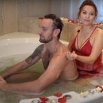 Все о незабываемой прелюдии в ванной